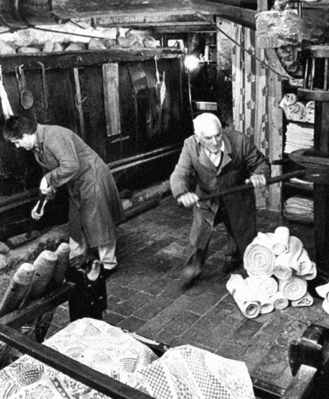 Bottega tessuti in Romagna